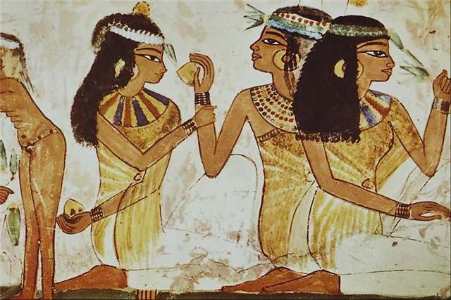 Интересные факты о древнем Египте В древнем Египте макияж носили не только женщины но и мужчины Краска для глаз была как правило зеленой изготовлялась из меди или черной изготовлялась